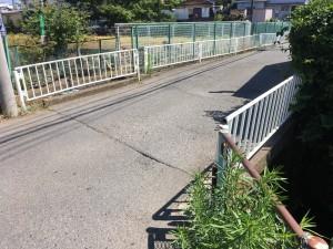 空堀川に掛かる橋(約3.6m)